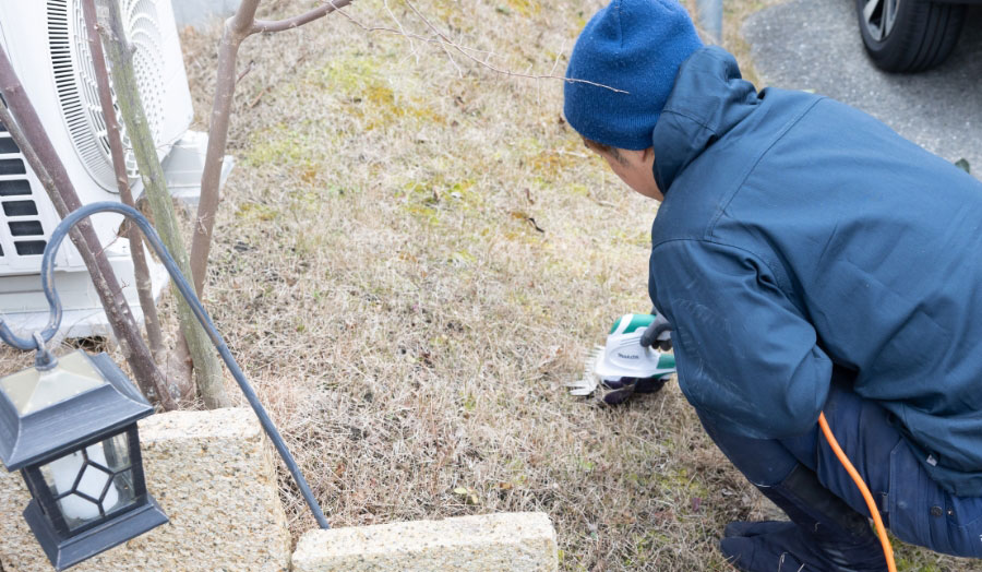 お見積り当日の作業も可能! エクステリアなど草刈り以外のご対応も承っております。